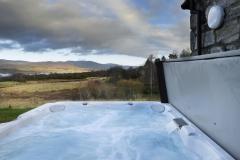 hot-tub-mountain-view-lodge