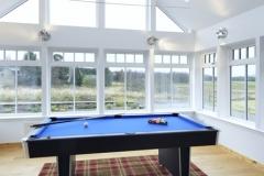 pool-table-mountain-view-lodge